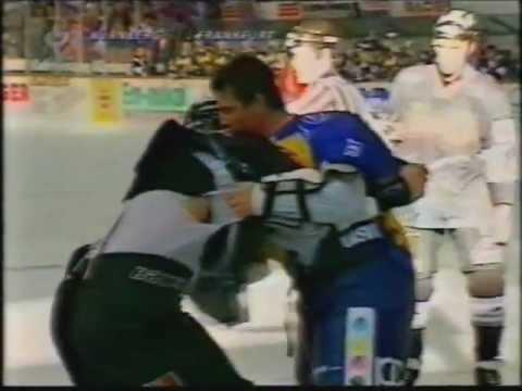 Frankfurt Lions vs Nürnberg Ice Tigers 1997 Schlägerei / Brawl 331 Strafminuten
