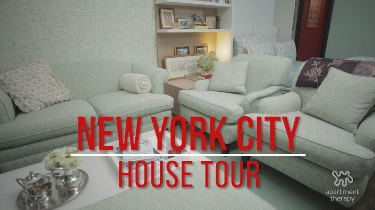 House Tour Emily S Apartment Of Patterns In New York City Therapy