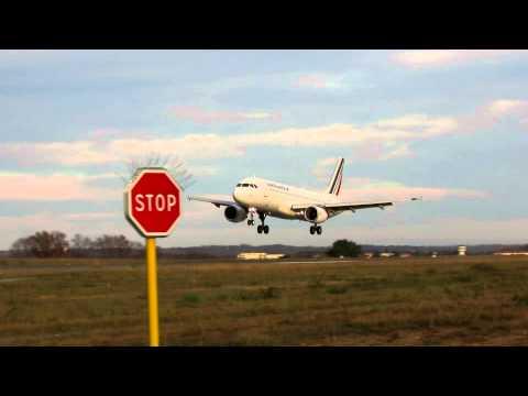 Biarritz Airport (LFBZ) Atterrissage A320 Air France || Landing