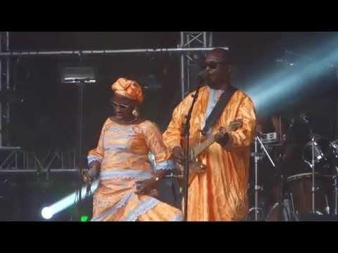 Amadou & Mariam Live @ festival NO LOGO fraisans 2015 -  dimanche à bamako