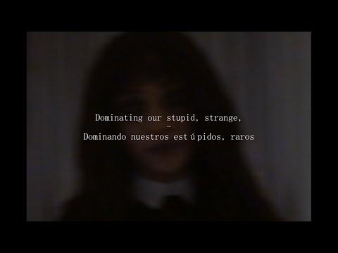 Freakshow (Lyrics and Spanish translation) - Scarlett Rose