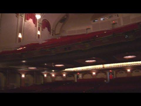 Historic Milwaukee: Riverside Theater