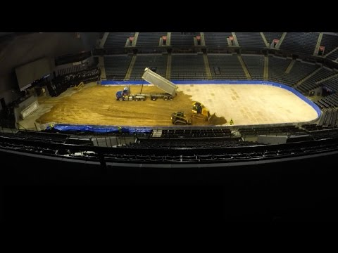Time-lapse: Van Andel is transformed into 'bar banging' dirt track