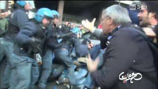 Video Roma, scontri al corteo FIOM degli operai delle acciaierie Terni - Gazebo 02/11/2014 download MP3, 3GP, MP4, WEBM, AVI, FLV November 2017