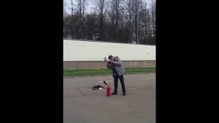 Как пользоваться углекислотным огнетушителем