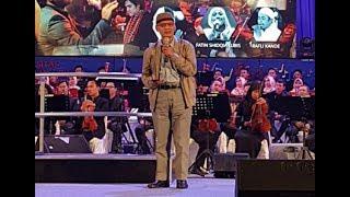Puisi Haedar Nashir di Orchestra Simfoni Berkemajuan UMY