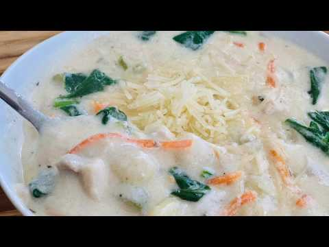 Olive Garden Copycat Chicken and Gnocchi Soup