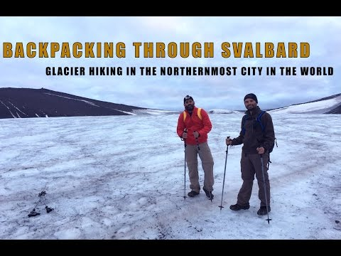 SVALBARD: Hiking in the Arctic city of Longyearbyen, Spitsbergen