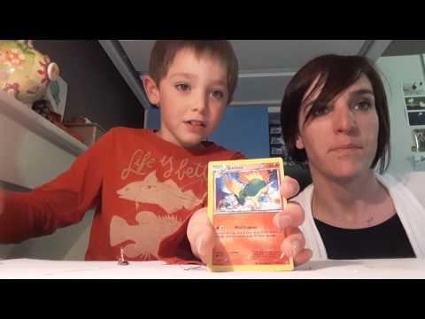 Ouverture 7 boosters pokemon avec ma maman