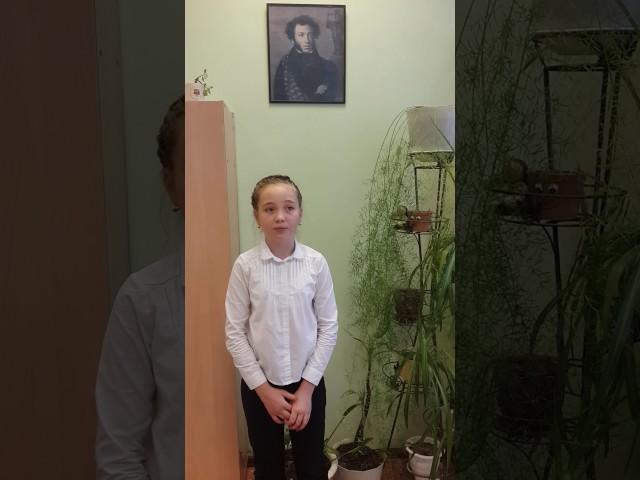 Изображение предпросмотра прочтения – ВарвараГерасимова читает произведение «Ворона и Лисица» И.А.Крылова