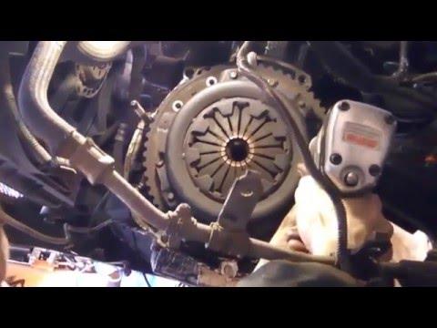 """""""ГТ"""" Замена сцепления на Dacia Solenza (Supernova, Logan, Renault Logan). Часть1-разборка."""