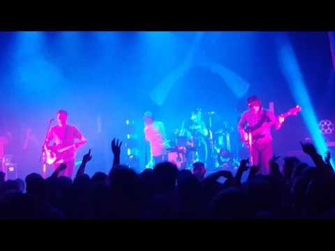 Enter Shikari - Juggernauts (live)