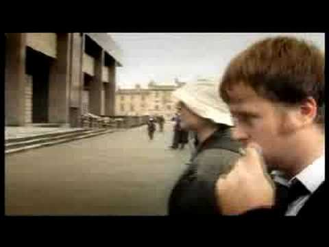'The Dirty Digger' - BBC 2007(clip 1 - shooting criminals)