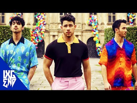 How To SING LIKE THE JONAS BROTHERS in 'Sucker'