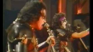 "KISS - The Oath  ""Video"""