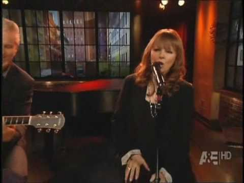 Pat Benatar - 'Love Is A Battlefield' LIVE (plus interview) on A&E's Private Sessions