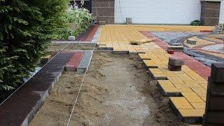 Укладка тротуарной плитки | Процесс(Технология укладки тротуарной плитки. Укладка сложного многоцветного рисунка на парковке загородного..., 2016-02-29T17:50:35.000Z)