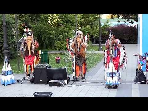 Смотреть Я снимал концерт Индейцев и тут такое началось! часть 1 онлайн