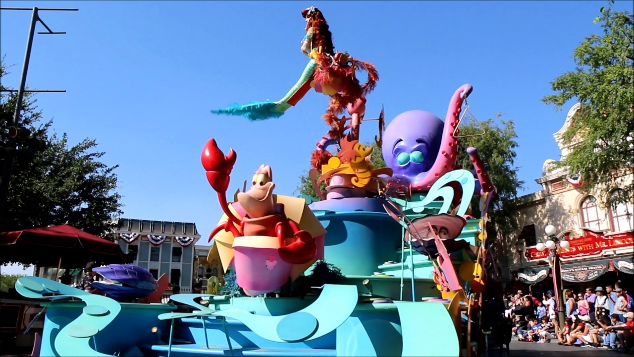 Mickey's Soundsational Parade - Disneyland Park ...
