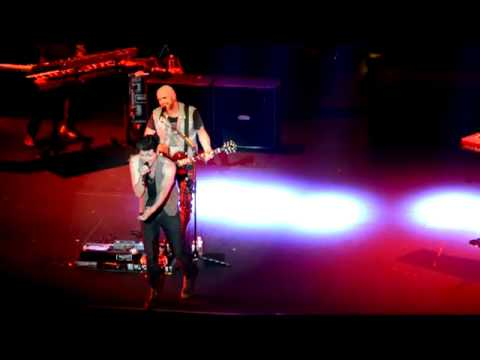 Give The Love Around - The Script (oakland fox theater 2012)