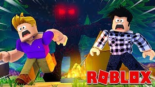 EIN RIESIGEs MONSTER ARRIVES IN THE CAMPSITE! Roblox Road Trip