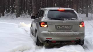 Mazda CX-7 snow battle