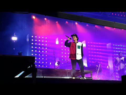 Finesse & 24k Magic - Bruno Mars - Monterrey 2018