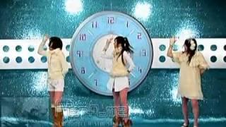 踊る置時計Perfume.