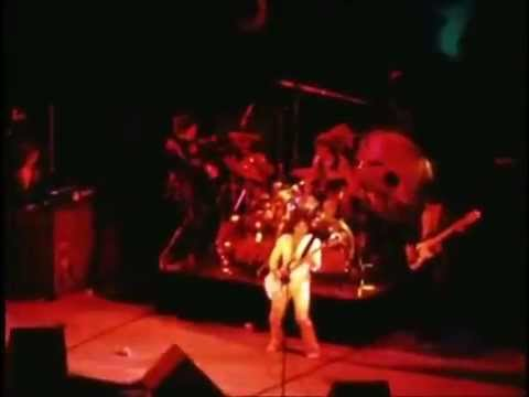 Blue Oyster Cult Live in Paris 1975