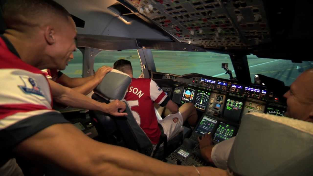 Arsenal A380 Flight Simulator Challenge - England   Arsenal ...