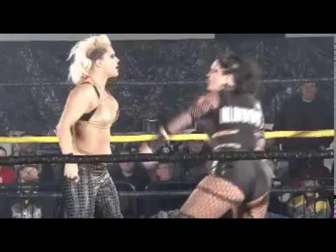 Download Alpha Female vs Jessicka Havok punch