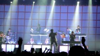 Mark Ronson - Ooh Wee (live in Tel Aviv, August 2011) - HD