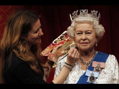 Queen Elizabeth II 2016 | Queen Elizabeth II - The Royal Jewels 2016 - Elizabeth II