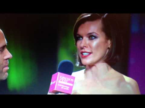 Milla Jovovich en mexico LIVERPOOL Fashion Fest 2013 Entrevista Interview