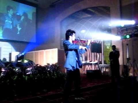 """""""I Just Wanna"""" by Dennis Lau Violinist/ Songwriter@ One World Hotel- Lafarge Distribution NIght 2009"""