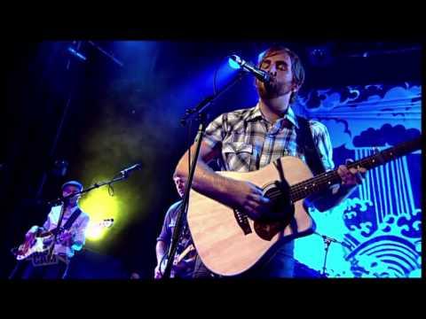 Josh Pyke - Sew My Name (Live in Sydney) | Moshcam