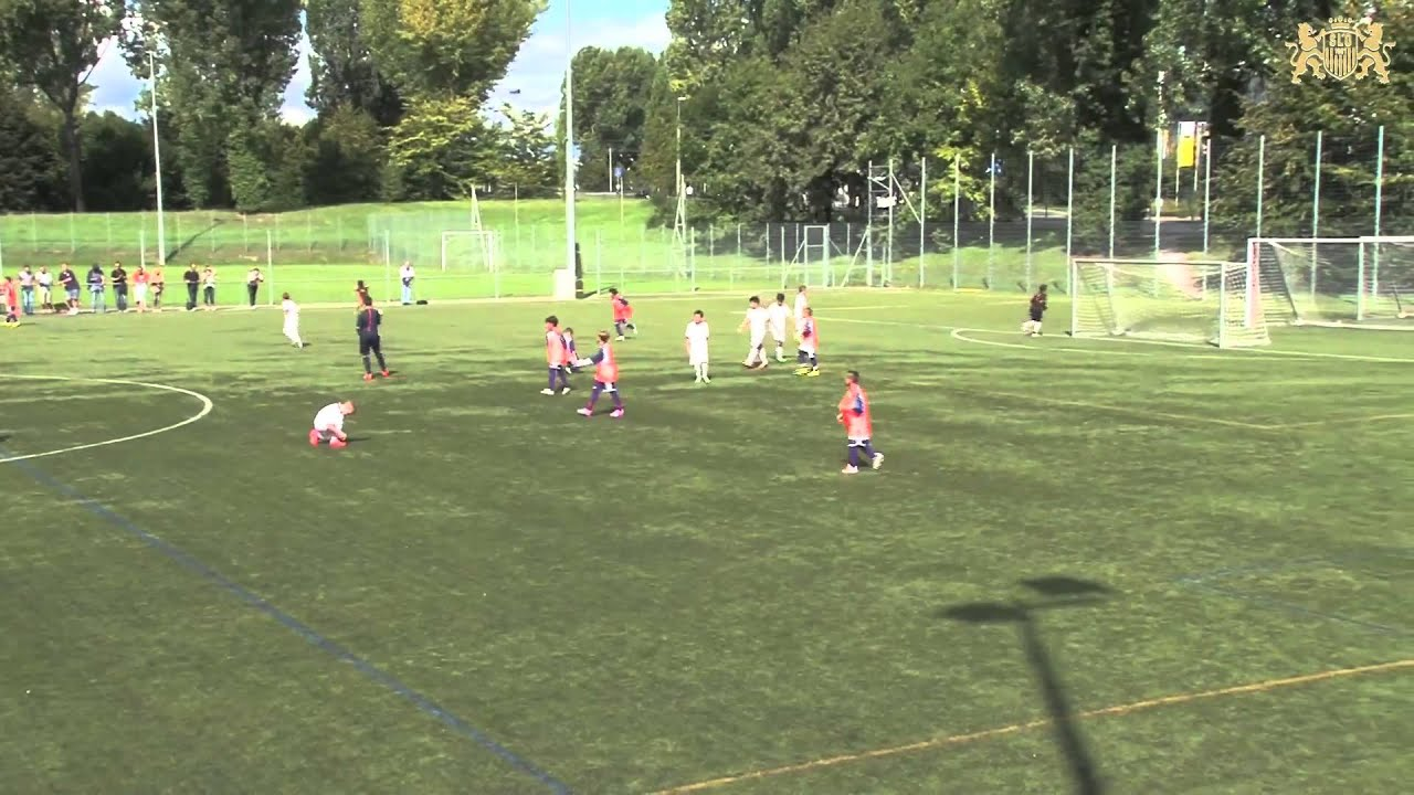 Stade Lausanne Ouchy 4 vs US Terre Sainte II - YouTube