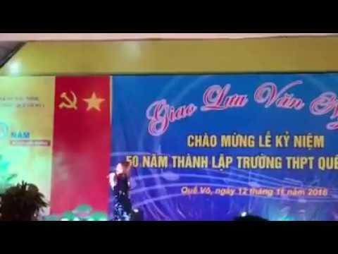 Hòa Minzy -Về Trường Cũ biểu diễn-Trường THPT Quế Võ 1 Bắc Ninh
