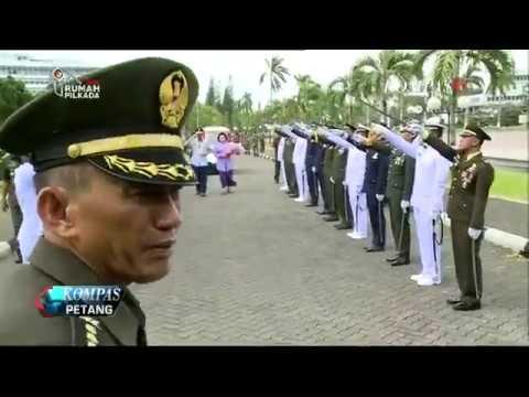 Marsekal Hadi Lepas Jenderal Gatot Tinggalkan Mabes TNI