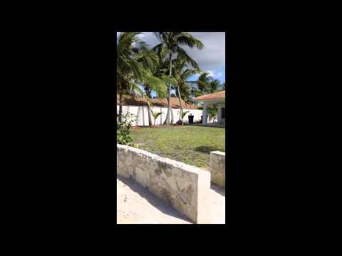 Oasis House in Nassau Bahamas, Mark and Missy