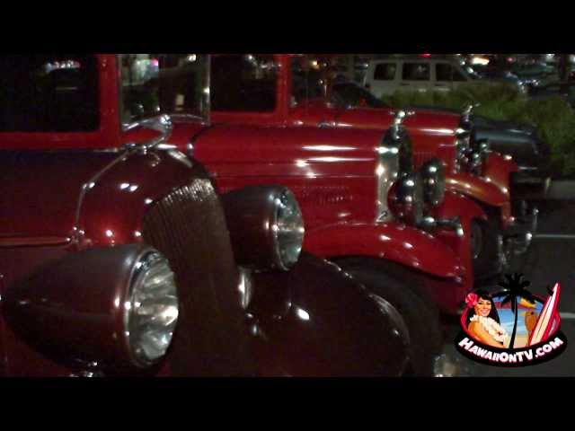 Cruise Night at Teddy's Bigger Burgers Maui - Lahaina, HI