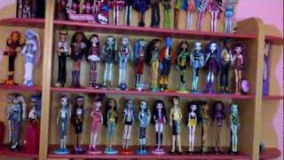 my entire monster high collection 44 dolls needs to be updated