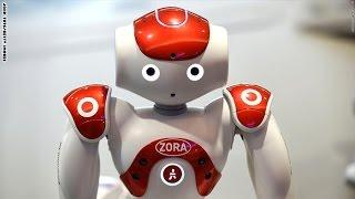 فيديو..ابتكار روبوت بأمريكا يساعد الأطباء