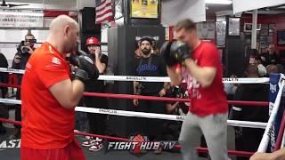 Adam Kownacki Hitting the mitts ahead of Iago Kiladze Fight -  Adam Kownacki trening bokserski