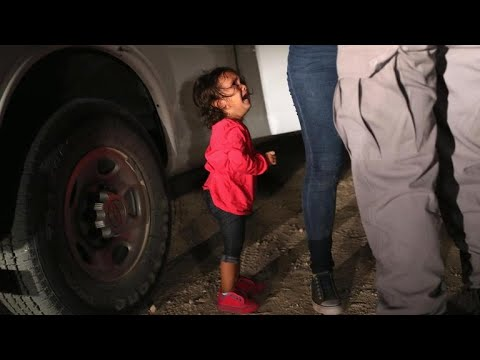The real story behind the image that came to symbolize the plight of immigrant children