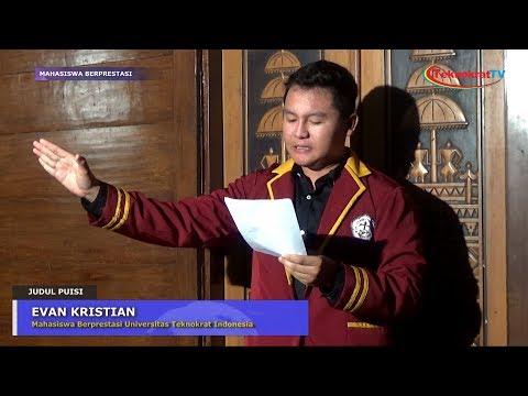 "Penampilan Baca Puisi ""Evan Kristian"" Sang Juara 1 Lomba Puisi Pekan Seni Mahasiswa Daerah Lampung"