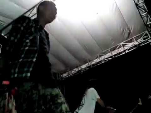 NEBUCARD NEZAR BAPAK AJA NGIMCIL BAE live@ negara hitam  jakarta feat revan cavalera
