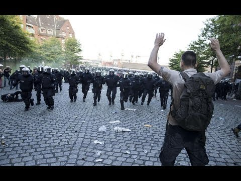 G-20 summit: German police clash with protesters