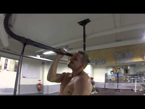 One arm pull-up