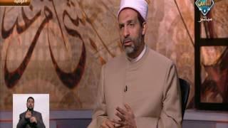 رد الإفتاء على شخص يريد أن يصلي عن والده المريض ..فيديو
